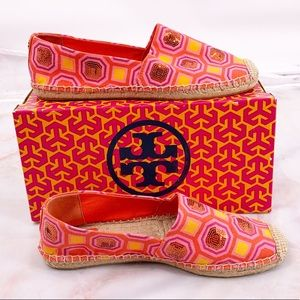 New Tory Burch pink espadrille flats size 10
